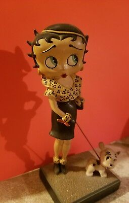 "BETTY BOOP DANBURY MINT-""OUT FOR A STROLL""-Collectible Figurine-EUC"