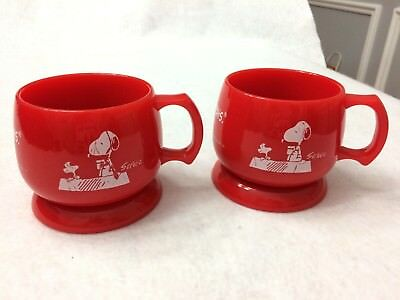 2 Metlife Snoopy Peanuts Red plastic Mugs w/ coasters