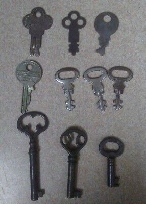 LOT of 10 Vintage Antique OLD ODD KEYS Steampunk JEWELRY REPURPOSE