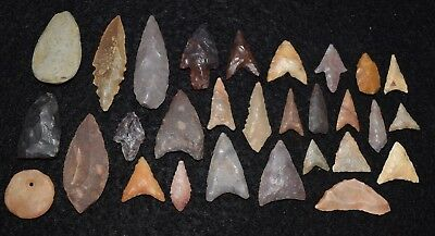 26  Sahara Neolithic mostly little well made gems, 2 tiny celts, and nice bead