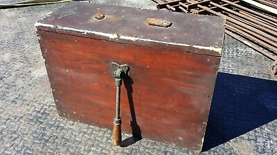 Old Durkee Co Marine Hardware Boat Ships Hand crank Brass FOG HORN in Wood Box