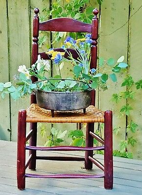 Primitive - Antique Ladder Back Chairs - 4 good condition