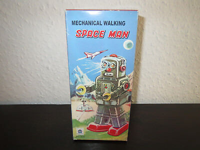 Space Man - Mechanical Walking - Robots - Roboter - Space Toys -
