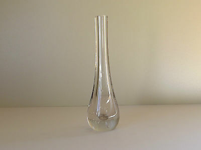 Clear Glass Vase with Controlled Bubbles