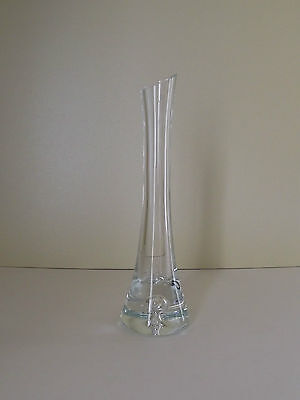Clear Glass Vase with Bubble in Base (63,196)