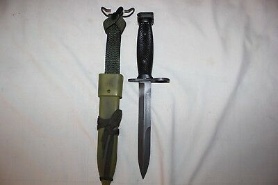 US Military M7 Fighting Knife with RARE M10 Camouflage SCABBARD SHEATH Set