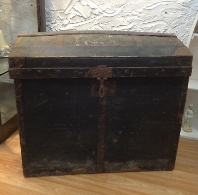ANTIQUE EARLY 1800's FRENCH DOMED TRAVEL TRUNK  - SHIPS/STEAMER/STORAGE