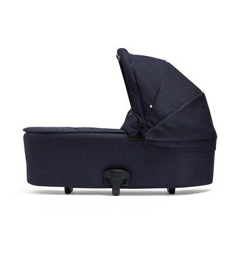 Armadillo Flip Xt Carrycot Dark Navy