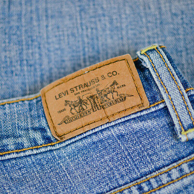 Vintage Levi 515 Jeans Bootcut Zip Fly Blue (Patch 8M) W 31 L32 US 8