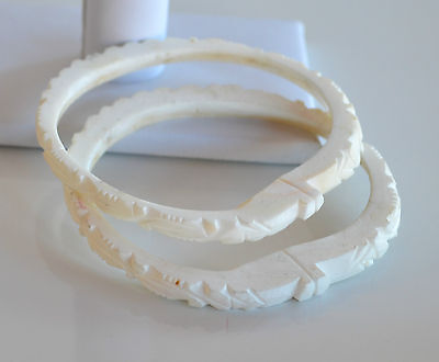 ANTIQUE CHINESE lot 2 pcs hand carved white angel skin coral bangle bracelet