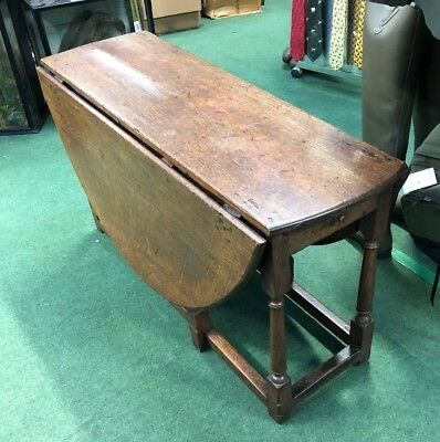 18Th Century Oak Oval Gate leg Table Dining Kitchen Table