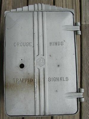 Crouse Hinds Art Deco Cast Aluminum Cabinet Traffic Signal Light (B)