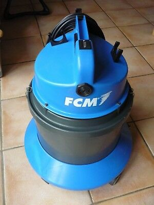 FCM Industrial Vacuum Cleaner With Accessories