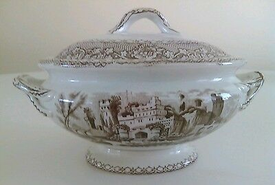Minty Ca. 1840 Transferware  Tureen Very Rare Alhambra Pattern Castles