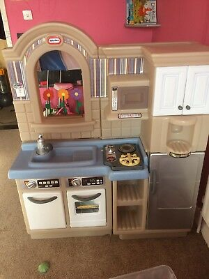 Little Tikes Inside Outside Cook N Grill Play Kitchen With Barbecue 40 00 Picclick Uk