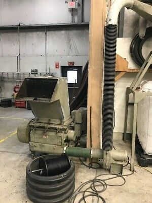 Conair 40 HP plastic Granulator with dust collector in running condition.