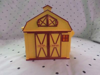 """Breyer Carry Along Clip On 6"""" Stable Barn Horse Accessory Pop Open Toy 12"""" Strap"""