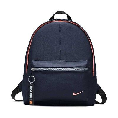 NIKE JUST DO IT Zaino Junior BA4606-492 Classic Backpack Young Athletes 18fa194b5b2b