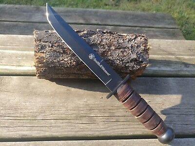 "13"" Smith and Wesson K Bar Combat Knife Leather Handle Model CKSURC K Bar Knife"