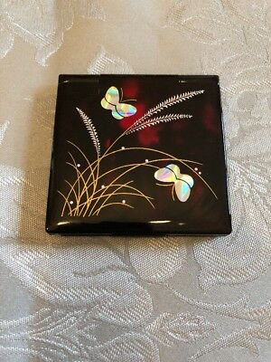 Japanese Lacquer Compact Mirror With Butterfly Design
