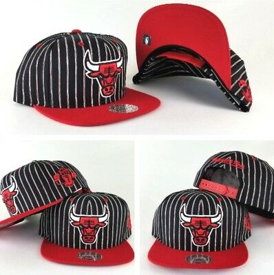 Mitchell & Ness NBA Chicago Bulls Black / Red pinstripe snapback Hat Cap