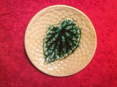 Antique Majolica Green Begonia Leaf Butter Pat c1800's, ff476  GIFT QUALITY!!