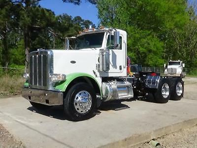 2013 Peterbilt 388 Day Cab Truck Tractor