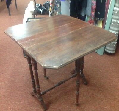 Small Edwardian Mahogany Sutherland Table / Gate Leg Side Table