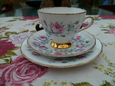 Lovely Vintage Gladstone English China Trio Tea Cup Saucer Plate Pink Roses
