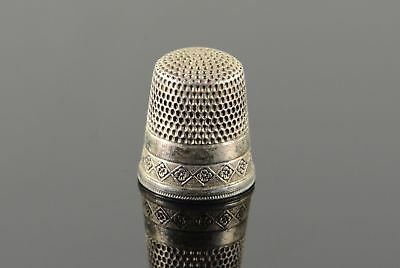 Sterling Silver Simon Brothers #8 Floral Motif Thimble