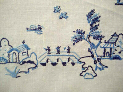 Lovely Blue Willow ~ Vintage hand embroidered  Centrepiece/mat