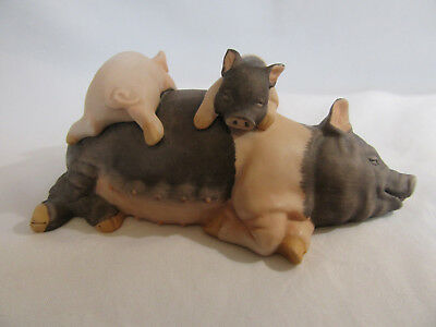 1986 Porcelain Pig with Two Piglets Sleeping Enesco Figurine