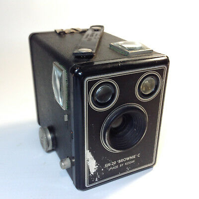 Vintage KODAK SIX-20 Box Brownie Camera