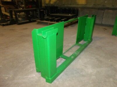 eSkid Steer Loader Hitch To John Deere 600-700 Attachments