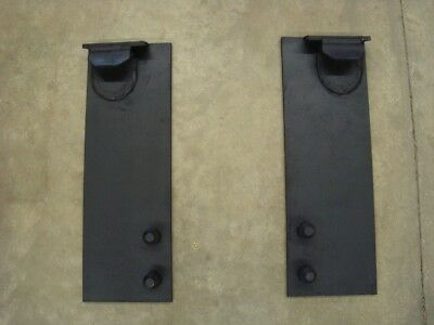 eJohn Deere 200-500 Series Attaching Brackets