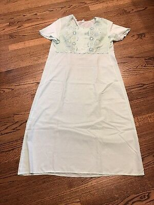 Vintage Light Green Cotton Nightgown Size M
