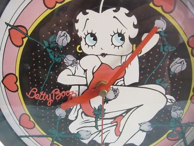"""BETTY BOOP  WALL CLOCK  KING FEATURES MARKED """" VANDOR c)1992  WORKS. PINK/BLACK"""