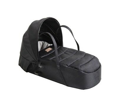 Mountain Buggy Carrycot Soft Baby Cocoon Black in Excellent Condition