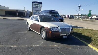 2005 Chrysler 300 Series CUSTOM automobile