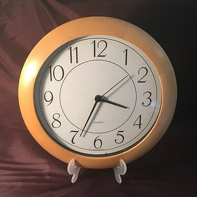 Quartz Junghans Technology wooden clock - Made In Germany