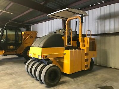 2007 Dynapac 9 Wheel Pneumatic Roller 2525 Hours Cp-142