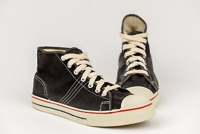 True Vintage Pro League Black Canvas Sneakers Shoes 8.5 Hi Retro Converse Style