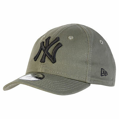 MLB New York Yankees Era Basic 9FORTY Adjustable Cap Olive/Black Youth Kids