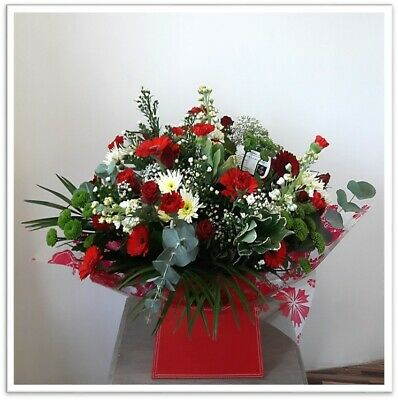 FRESH REAL FLOWERS  Delivered UK Cherry Vienna Bouquet Free Flower Delivery