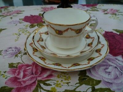Lovely Vintage / Antique Gladstone China Trio Tea Cup Saucer Plate Garlands