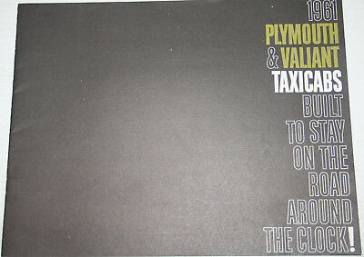 1961 PLYMOUTH Full Size & Valiant Best 16 page ORIGINAL sales Brochure