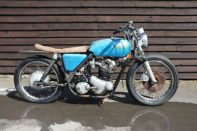 Norton Commando 750 MK1V 1971 Barn Find Matching numbers *A MUST SEE*