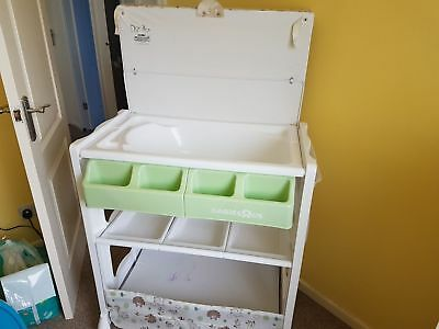 Baby Changing Table & Bath