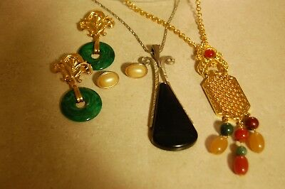 Lot of 4 Vintage/Modern Jewelry AVON LARGE LONG Earrings Necklaces