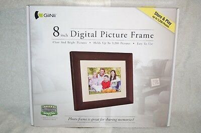 """New GiiNii Digital Picture Frame 8"""" LCD Brown Model GN-818"""